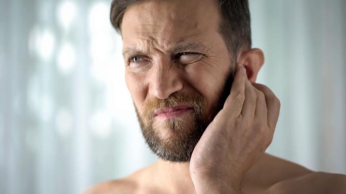 L'apparecchio acustico e l'otite